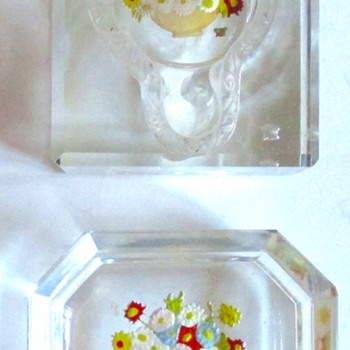 HOFFMAN PIN TRAY AND INKWELL, MARKED - Art Glass
