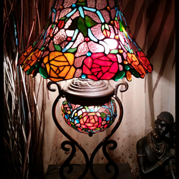 tiffany inspired lamp  - Lamps