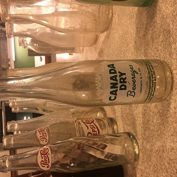 Canada Dry 1900? - Bottles