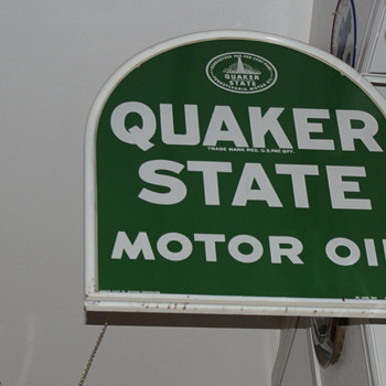 Quaker State sign - Petroliana
