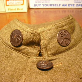 WWI Collar Disks and Regimental Affiliation