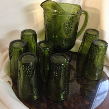 Indiana Glass Pitcher & Tumbler Set