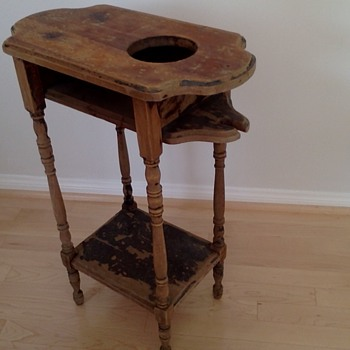 What kind of table is this?? - Furniture