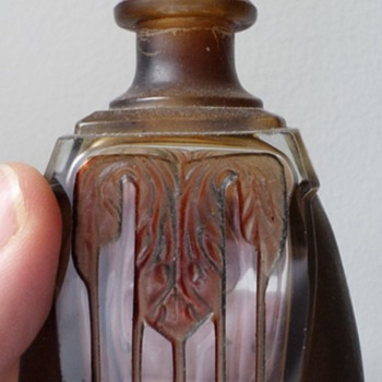 unknown art deco (?) perfume bottle - Bottles