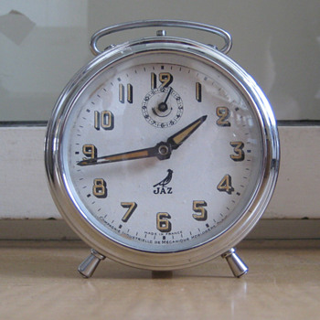 Antique 1950's French Jaz alarm clock.