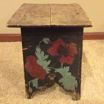 Painted stool - Furniture