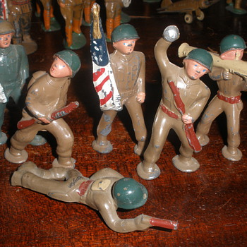 "Barclay ""Podfoot"" soldiers. Post WWII, C. 1950s-71. - Toys"