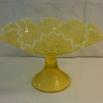 STUNNING &RARE FENTON TOPAZ OPALESCENT HOBNAIL FRUIT STAND