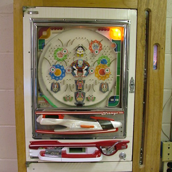 Pachinko Machine, Mid 70's Sanyo with home made ball auger. - Coin Operated