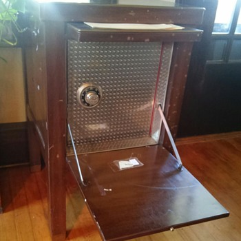 """Invincible"" combination lock desk safe - Furniture"