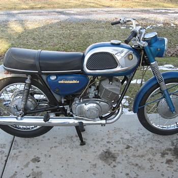 1967 Suzuki T20 X-6 Hustler 250