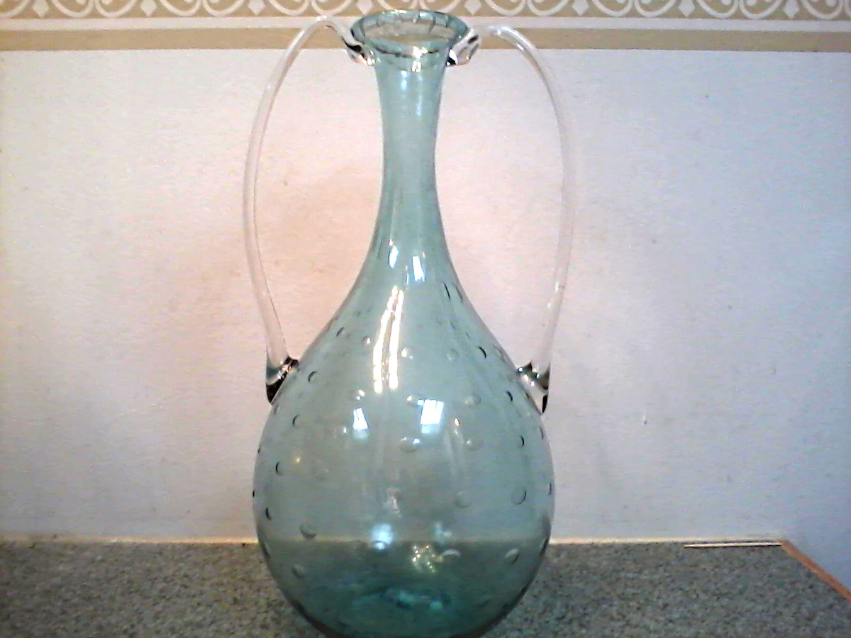Murano bullicante air bubble pattern 12 handled vase in for Air vase