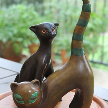 Ceramic Cats Made in Japan - Figurines