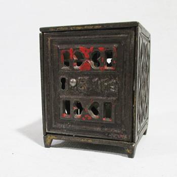 J.E. Stevens Safe Bank - Toys
