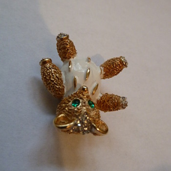 Crown Trifari Teddy Bear  - Costume Jewelry