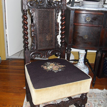 18th CENTURY JACOBEAN OAK SIDE CHAIR - Furniture