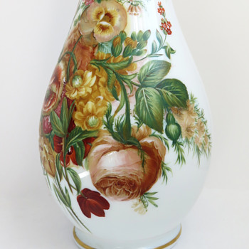 W.H.B. & J. Richardson 'Vitrified' Opaline Glass Vase with Spring Flowers, c.1850 - Art Glass