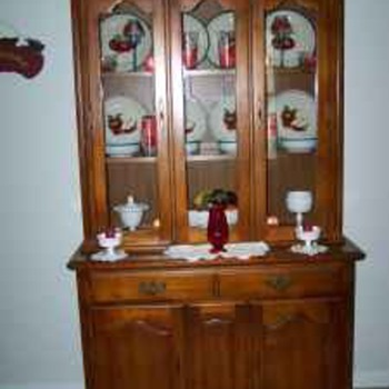 Aunts China Cabinet