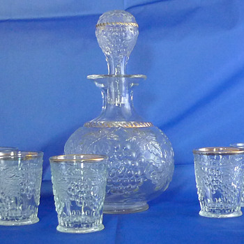 Northwood ? Grape & Cable Whiskey Set ~ Crystal with Gold Cable - Glassware