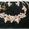 New find......very sparkly necklace and earrings set!!