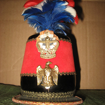 Antique hat container.  - Military and Wartime