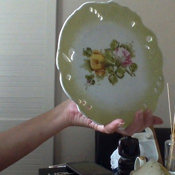 I must be mad, but worth a try I'm guessing - China and Dinnerware