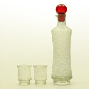 STAR decanter (1703) and matching glasses (1014), Tamara Aladin (Riihimki lasi, 1963) - Art Glass