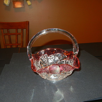 Crystal and red basket - Glassware