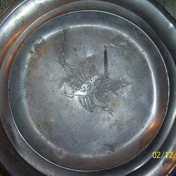 eagle plate internetional pewter  - Military and Wartime