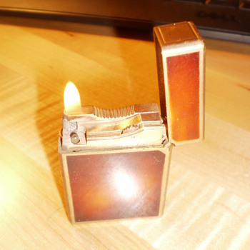 Vintage, Dupont Lighter - Tobacciana