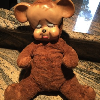 Late 50's, early 60's bear with soft rubber pouty face