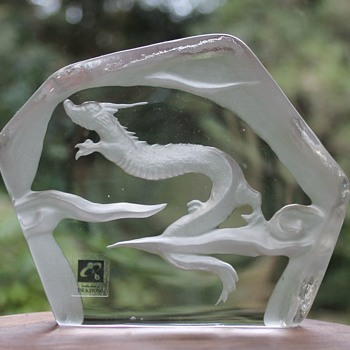 Dragon crystal sculpture by Tsukiyono - Art Glass