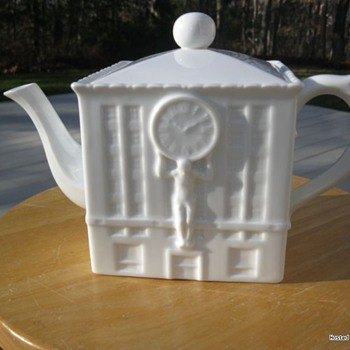 Tiffany & Co porcelain teapot - real? - China and Dinnerware