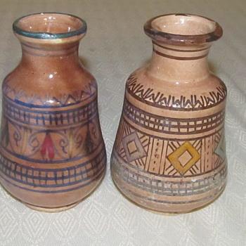 2 pottery vases Ennaovi Safi