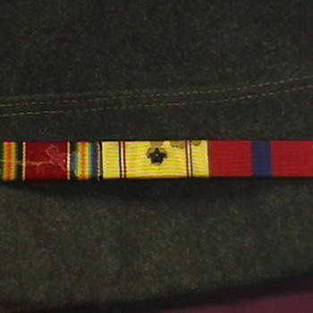 WW II U.S. Marine Cap and Ribbon Bar