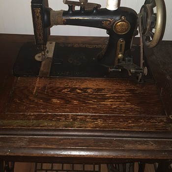 unknown sewing machine