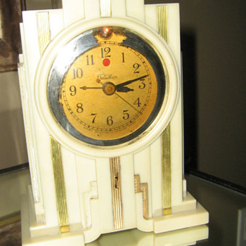1929 30 Telechron model 700, Electrolarm Ivory White - Art Deco