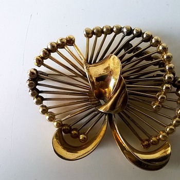 Kollmar & Jourdan Pforzheim Germany Gold Double' Brooch Flea Market Find $2.00 - Costume Jewelry