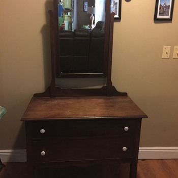 We could use some help identifying this piece - Furniture