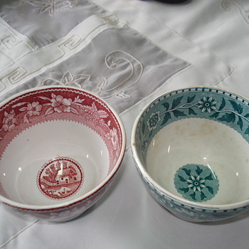 Two Villeroy & Boch bowls around 1920