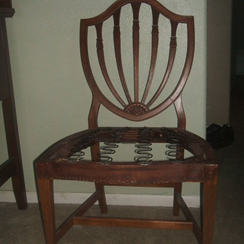 IS THIS A SAMUAL MCINTIRE CHAIR ?