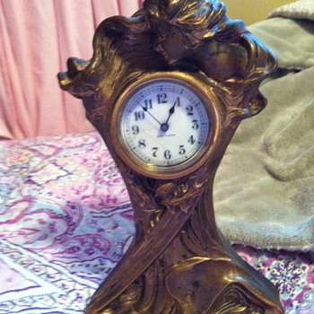 Montgomer Bros Seth Thomas brass mantal clock - Clocks
