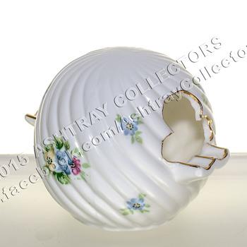 Hand Painted China Sphere/Ball Ashtray