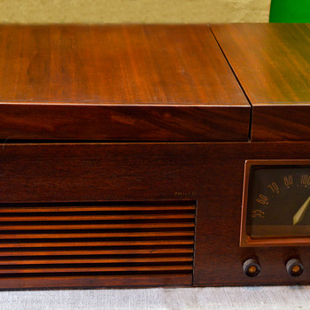Philco Radio Phonograph - Radios