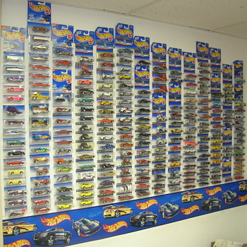 Hot Wheel First Editions from 1995 - Current + Classics all 5 Series's - Model Cars