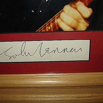 John Lennon autograph-1964 - Music
