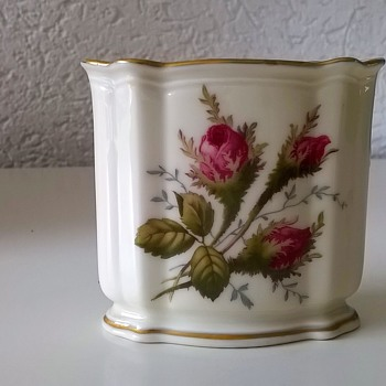 1960s Rosenthal Germany Moliere Moosrose Bud Vase Flea Market Find $2 - Art Pottery