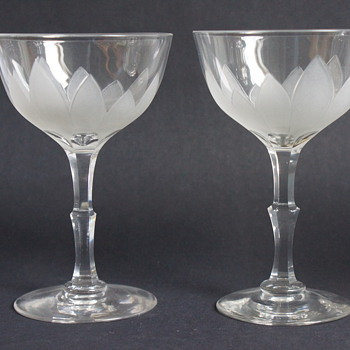 Frosted Wine Glasses - Glassware