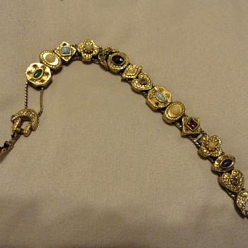 bracelet friend had also