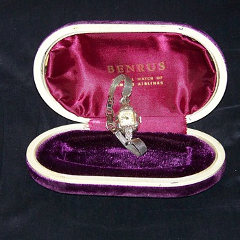 1940's Benrus Ladies Diamond Wrist Watch - Wristwatches
